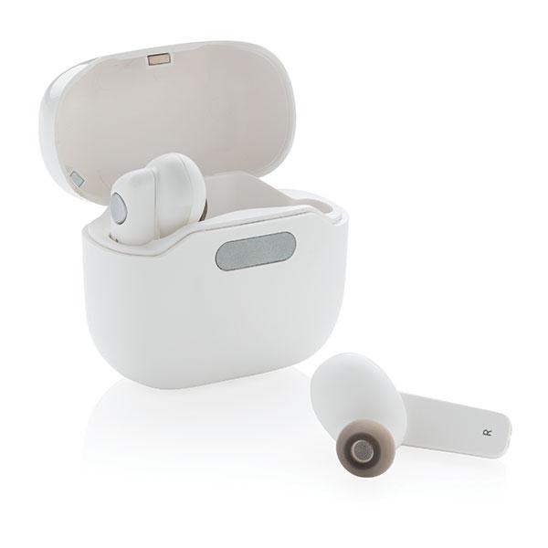 TWS Earbuds in UV-C Steril..
